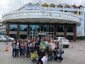 Туроператор TPG за підтримки партнерів надав змогу дітям-переселенцям із зони АТО відпочити в сонячній Анталії