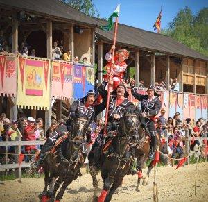 Под Киевом 28-29 апреля будут соревноваться конные каскадеры